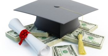 Helping Students Find Scholarships